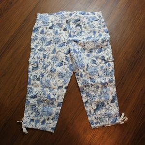 Faded Glory Capri Pants, Size 12
